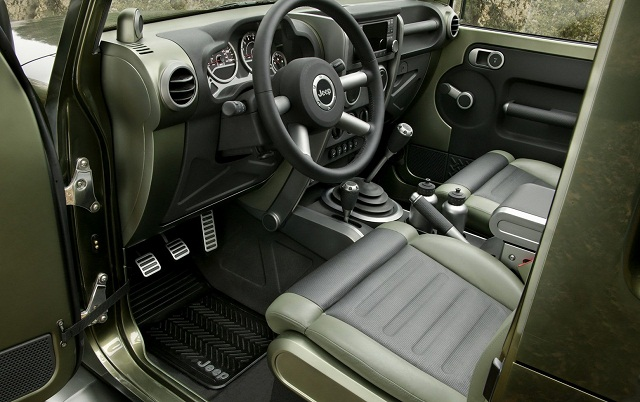 2016-Jeep-Gladiator-interior